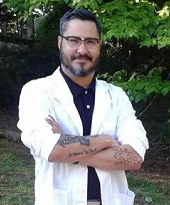 Dr. Edward Valentin